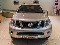 Nissan-Pathfinder-III-silver